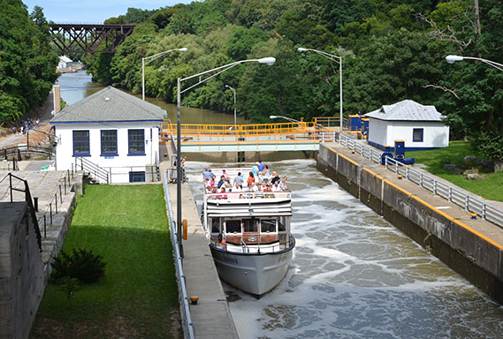 Lockport_TourBoat_ECNHC_569.jpg