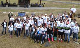Schuylerville_HudsonCrossingPark_volunteers2015.jpg