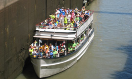 Lockport_tourboat_DH2009_270.jpg