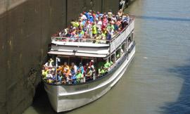 Lockport_tourboat_DH2009_270.jpg