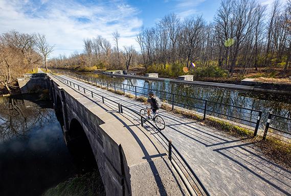Camillus_CanalwayTrail_Fall 2020_COL_569x384.jpg