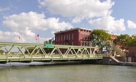 Brockport_bridgeMainSt_jm09.jpg
